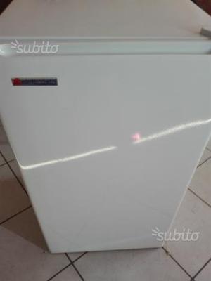 Frigo piccolo elettrozeta posot class for Congelatore a pozzetto piccolo