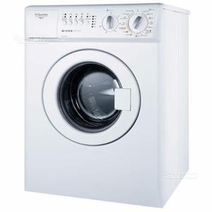 Mini lavatrice portatile 4 kg con centrifuga per posot class for Mini lavatrice