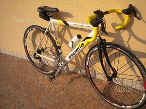 Bicicletta da corsa per donna