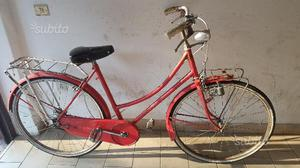 Bicicletta da donna Holland da 26 rossa