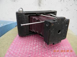 Macchina fotografica ultracentenaria Kodak