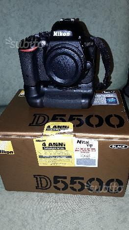 Nikon d (solo corpo) con impugnatura