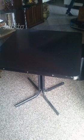 Tavolo 1 metro per un metro raddoppiabile posot class for Tavolo da giardino usato