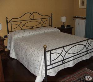 Testata letto ferro battuto e doghe in legno posot class - Testata letto ferro battuto ...