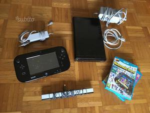 Nintendo Wii U con due giochi