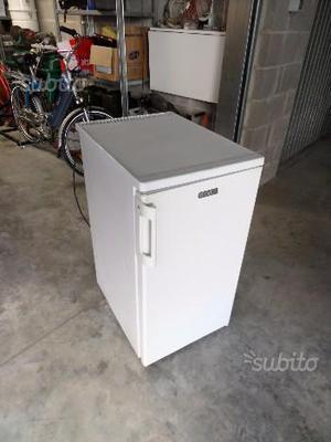 Frigo campeggio posot class for Mini frigo usato