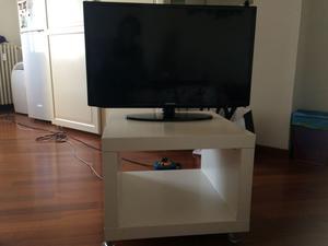 Vetrinetta porta stereo con rotelle milano posot class - Porta tv con rotelle ...