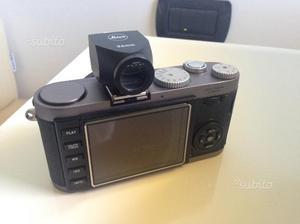 Leica X1 completa di astuccio in pelle e mirino