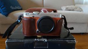 Fujifilm X-M1 XM1 + custodia in pelle
