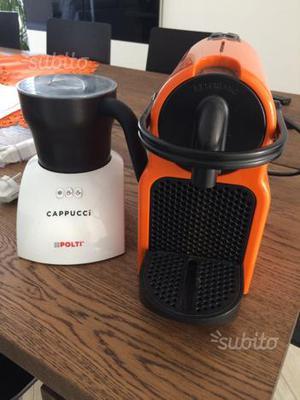 Macchinetta caffè Nespresso e cappuccinatore