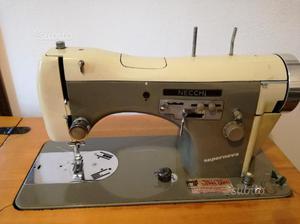 Macchina da cucire necchi 558 con mobile posot class for Macchina da cucire