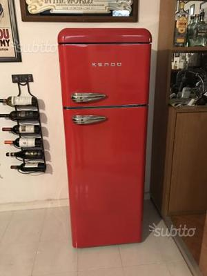 Mobili da cucina di grandi dimensioni: Frigorifero kendo rosso