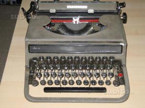 Macchina da scrivere anni 40
