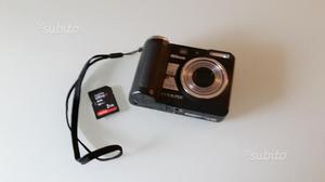 Fotocamera digitale Nikon Coolpix P50 usata