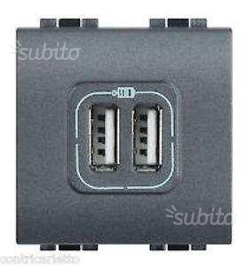 Presa Caricatore USB 2 prese BTicino LC2