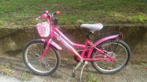 """Bicicletta 22"""" x bambini 4/7 anni buone condizioni"""