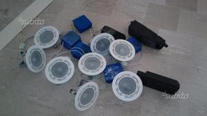 Gruppo 4 faretti neri da incasso con trasformatore posot for Faretti alogeni
