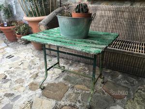 Scivolo e tavolino da esterno posot class for Scivolo chicco usato