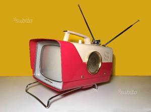 Cerco oggetti vintage di design modernariato posot class for Modernariato e design
