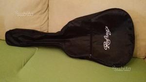 Custodia per chitarra classica