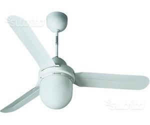Ventilatore da soffitto con luce e comando a muro
