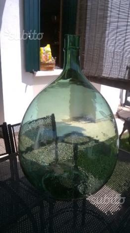 Damigiana in vetro soffiato