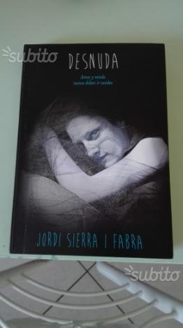 Desnuda- libro in lingua spagnola