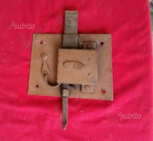 Serratura d'epoca originale cm 10,5 x cm 14