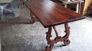 Antico tavolo in noce