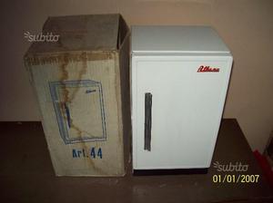 Giocattolo vintage anni '60 - frigorifero athena