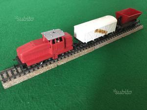 Trenino Märklin/Marklin locomotiva diesel e carri