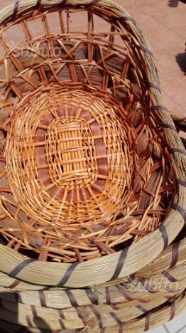 Mobile ikea legno con 9 ceste in vimini posot class for Ceste in vimini ikea