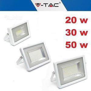 Faro per esterno V-TAC ultra slim 20W/30W/50W