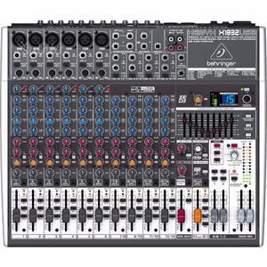 Mixer Behringer QX