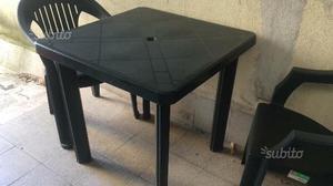 Tavolo + 2 sedie da esterno