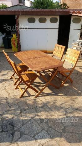 Tavolo giardino + 4 sedie