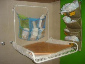 Gulliver fasciatoio richiudibile da parete posot class for Fasciatoio parete ikea
