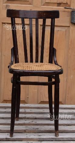 Antiquariato sedia impagliata a mano posot class for Sedia antica thonet