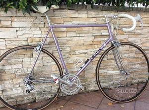 Bicicletta da corsa vintage in perfette condizioni
