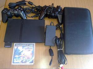 Playstation 2 slim con un centinaio di giochi
