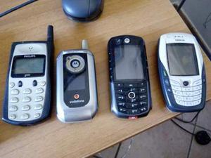 Stock di 4 cellulari vintage
