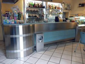 Bancone bar completo