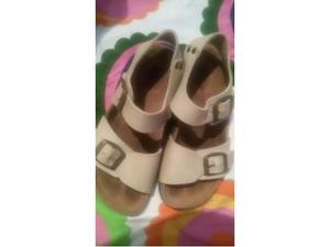 Sandalo tipo Birkenstock 32