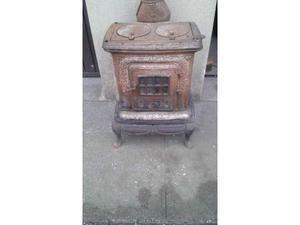 Stufa a legna in ghisa parlor stove posot class for Stufa ghisa usata
