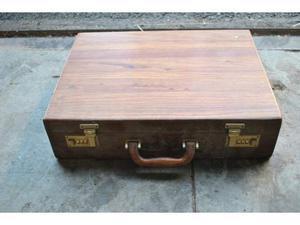 Valigetta 24 ore vintage in legno