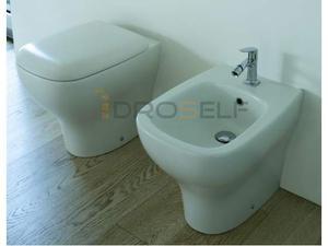 Vaso e bidet a terra per il bagno Genesis
