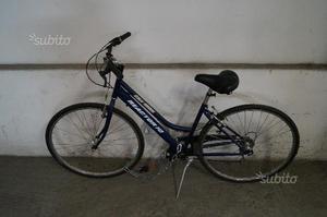 Bici / bicicletta blu