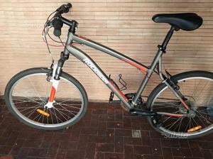Bicicletta Mountain bike Rockrider 5.0