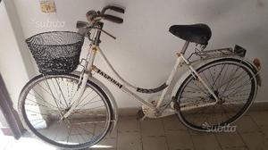 Bicicletta da donna vintage da 26 bianca