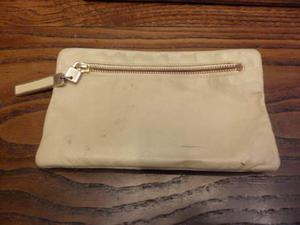Borsellino vintage anni 70 in pelle chiara con zip